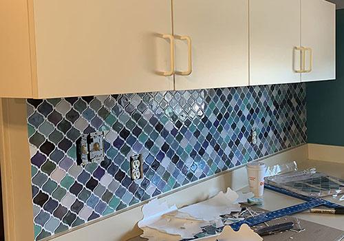 easy kitchen backsplash peel and stick arabesque tile