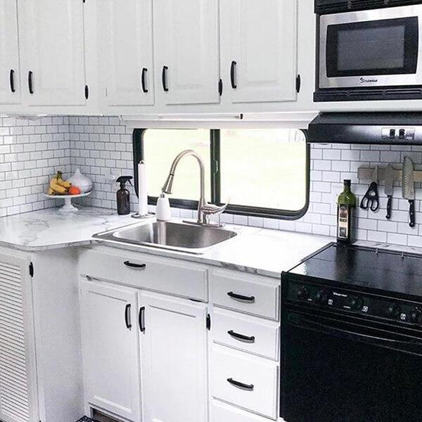 RV tile backsplash kitchen