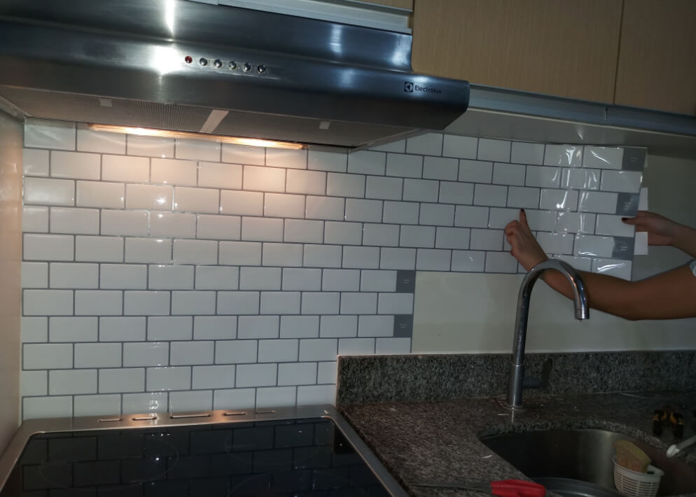 do-it-yourself peel and stick subway tile